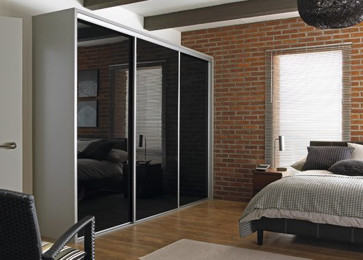 We Also Offer A Wide Range Of Internal Wardrobe Fittings To Maximise Your  Storage Options. Full Mirrored Guest Bedroom
